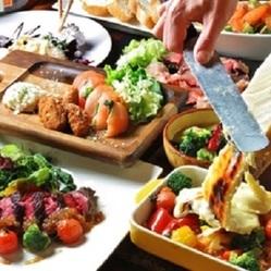 ラクレットやメイン料理は牛肉グリルと充実なペーターコース♪ 無料でメッセージドルチェに変更も可能です