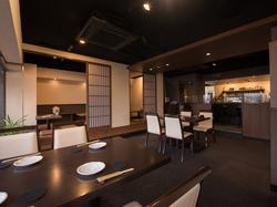 にぎり寿司7カンを中心とした〆のデザートも付く充実のコース