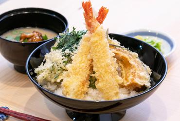 お昼の贅沢『天丼』