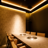 ビジネスシーンにも活躍してくれる個室空間