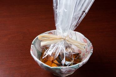 香りと旨みを袋の中に閉じ込める名作料理『サワラの袋蒸し』