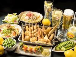 ◇飲み放題90分付き◇ 串カツ(7種)にサラダ、〆には塩昆布ときのこのパスタにデザートまで!〈全9品〉
