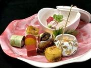※画像は『お弁当』3000円です。 ※オードブル、法要慶事弁当なども承ります。