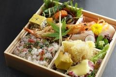 仕出弁当承ります。 ※画像は『お弁当』3000円です。 ※オードブル、法要慶事弁当なども承ります。