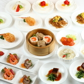 バリエーション豊富な料理を味わえる『コース料理』