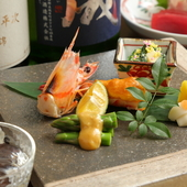 四季折々、旬の食材を活かすことにこだわった日本料理