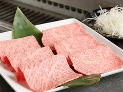当店こだわりの料理を凝縮。素材からこだわった鮮度抜群のお肉をご堪能いただけます!