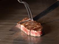 肉そのものが持つ力強い味わいを堪能する『山形牛ステーキ』