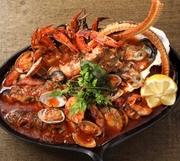 魚介の旨み凝縮!三陸沖の珍しい魚も日替わりで登場します♪驚きと新しい出会いを提供する名物料理を是非! ハーフサイズ:1,280円