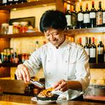 """「三陸の感動を届けるをコンセプトに、店づくりをしています。美味しい食べ物を食べて、""""食に感動する""""体験を味わってもらいたいです。」と語る坂東氏。自ら生産者への元へ足を運び、多彩な料理に昇華しています。"""