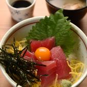 お昼に楽しめるちょっと贅沢なコース仕立ての『旬彩御膳』