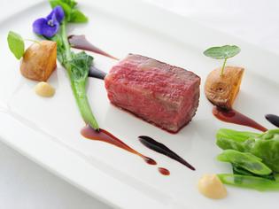『「発酵熟成」させた赤城和牛モモ肉のローザ 芽吹きのお皿』