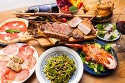 イルコルティーレ人気のオマール海老のパスタ、牛肉の炭火焼タッリアータで大満足‼︎