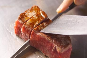 要予約:レッドバロンステーキ