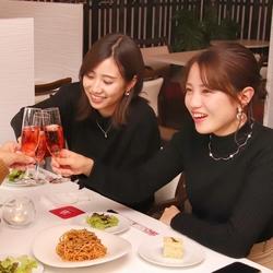 サラダや前菜、女子に嬉しい特製ドルチェも!こだわりの料理がバランス良く楽しめるリーズナブルなコース!