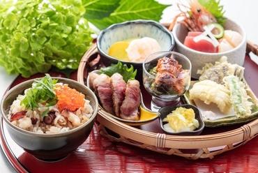 旬野菜もたっぷり『JALシティ札幌 特製ハンバーグステーキ』