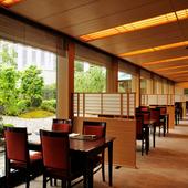 季節ごとに変化し、豊かな日本の四季を感じられる庭園