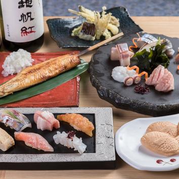 ●お任せお食事コース4000円 <2時間飲み放題プラス1500円>