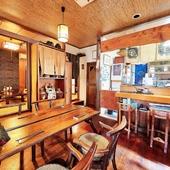 料理だけでなく、隅々にまで沖縄の風土と文化を楽しめる空間