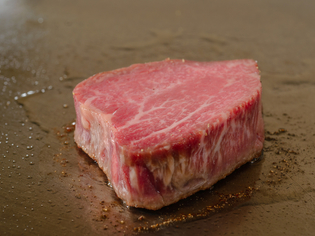 その時に一番美味しい黒毛和牛を吟味し、確かな調理の技でご提供