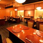 木の温もり漂う、落ち着いた雰囲気の和食料理店