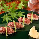 日本酒にもよく合う、熊本県産の馬肉を使った『馬刺し』