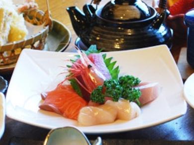 各種宴会にもおすすめなコース料理も豊富にご用意。
