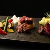 選りすぐりの黒毛和牛と季節の野菜を味わえる『一口黒毛和牛と焼野菜』