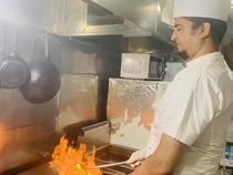 料理を通して幸せな気持ちを届けるサービスを