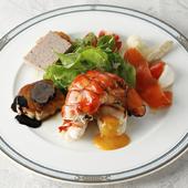 世界の食材を一皿で味わう贅沢な『サラダ グルマン』