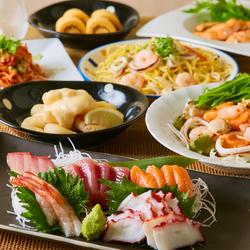 【旬コース】産地直送のお刺身5点盛りや海鮮サラダ、旨味のつまったサーモンステーキなど!