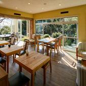 琵琶湖近くの友人宅でくつろぐような優しく温かな時間を届けたい