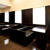 温かみのあるムードが心地良い、洗練された上質な空間