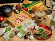 自慢の『串焼』を思う存分にいただける贅沢なコース。季節の食材をあしらった、多彩な一品料理もズラリと並びます。月ごとに内容が変わっていくので、訪れる度に異なる味わいに出会えるハズです。