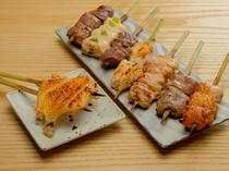 噛みしめる度に、じゅわ~っと肉汁があふれ出す『鳥串焼』