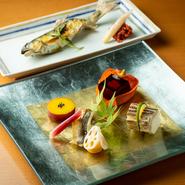 野菜は地産地消を意識し、練馬小松菜など地元練馬産を中心に近郊野菜を使用。また、魚介類は九州で朝に水揚げされたものが昼に届けられてくるので、抜群の鮮度が自慢です。
