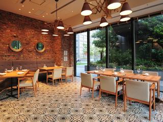 特別な会食や接待、デートなどにもぴったりの半個室