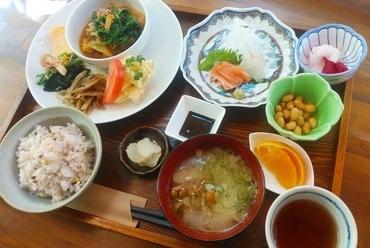 春夏秋冬の食材をたっぷりあしらった贅沢な『和の膳』