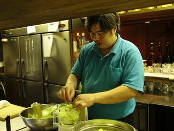 ゲストの笑顔を思い描いてつくられる、熊本の郷土料理