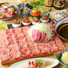 時間無制限飲み放題付!選べるメインも特選肉3種盛りorカニすき鍋or牛タンしゃぶしゃぶと豪華な品揃え♪