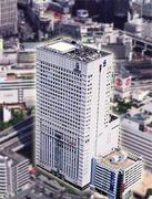 横浜駅から徒歩3分、スカイビルの28階