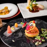 結婚式場【ラ・セーヌ・マリアージュ四日市】のレストラン【グランジュール】が2019年夏、フレンチレストラン【レーヴ(夢)】に生まれ変わり。ラグジュアリー&心地いい空間で、本格フレンチを大満喫できます!
