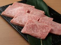 秘伝タレが絶品肉をさらに美味しく『松阪牛A5等級極上カルビ』