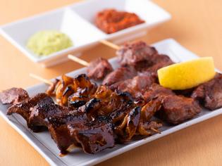 食べ比べが楽しい、それぞれの串に最適な焼きと味付け