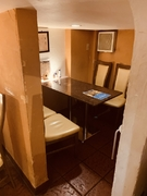 個室感のあるテーブル席