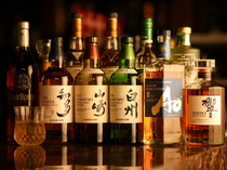 国産をはじめ、世界の洋酒が充実