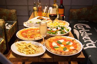 レ・ナポリの全てが味わえる、期間限定のコースです。※金・土・祝前日はご利用時間は2.0時間となります。