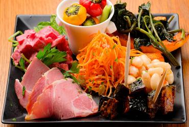 京都の季節の野菜で届ける『手づくりタパス』