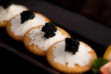 北海道産花畑牧場 ラクレットチーズと有機野菜の盛り合わせ