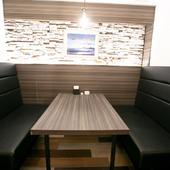 プライベートな集まりに便利な半個室を完備
